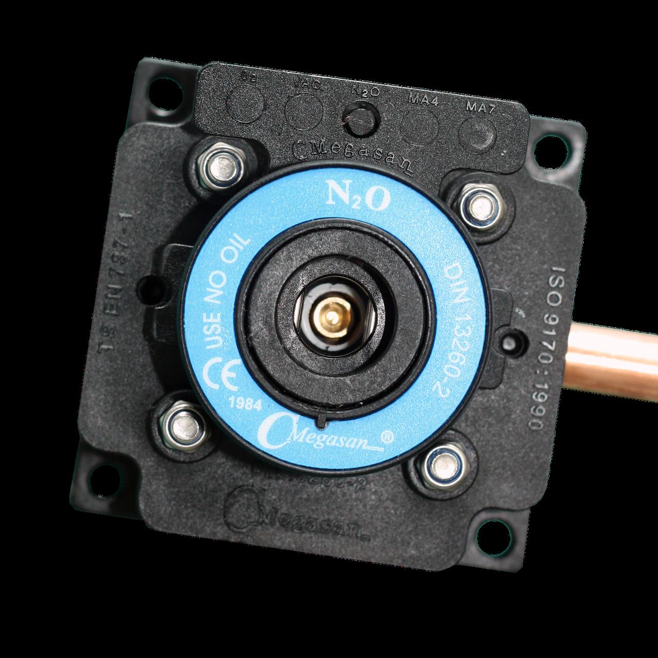 Розетка газовая, закись азота  - DIN - пневматическая 10 мм