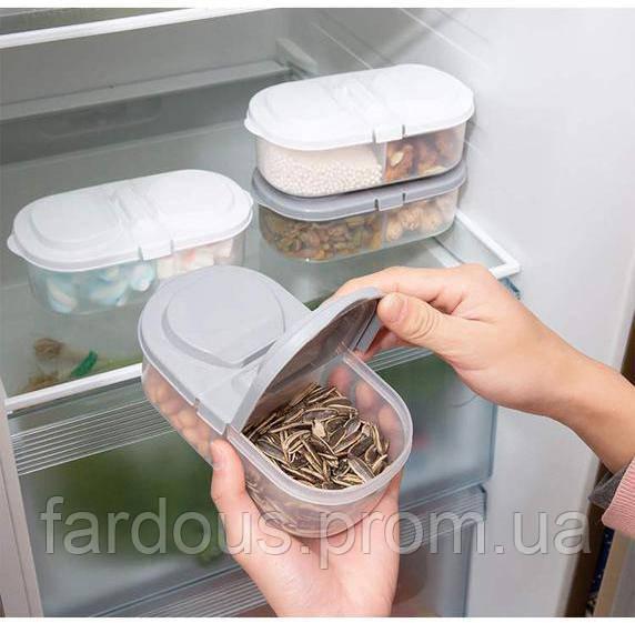 Пластиковый контейнер с двумя отсеками для хранения продуктов