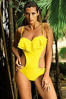 Сдельный купальник монокини желтого цвета с воланом и чашечками push-up