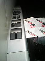 Блок кнопок управління стеклоподьемником передньої лівої двері Geely Emgrand EC7 1067002335 ro-035