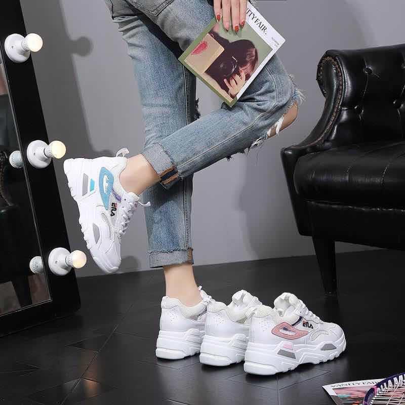 Женские белые кроссовки Тренд 2019