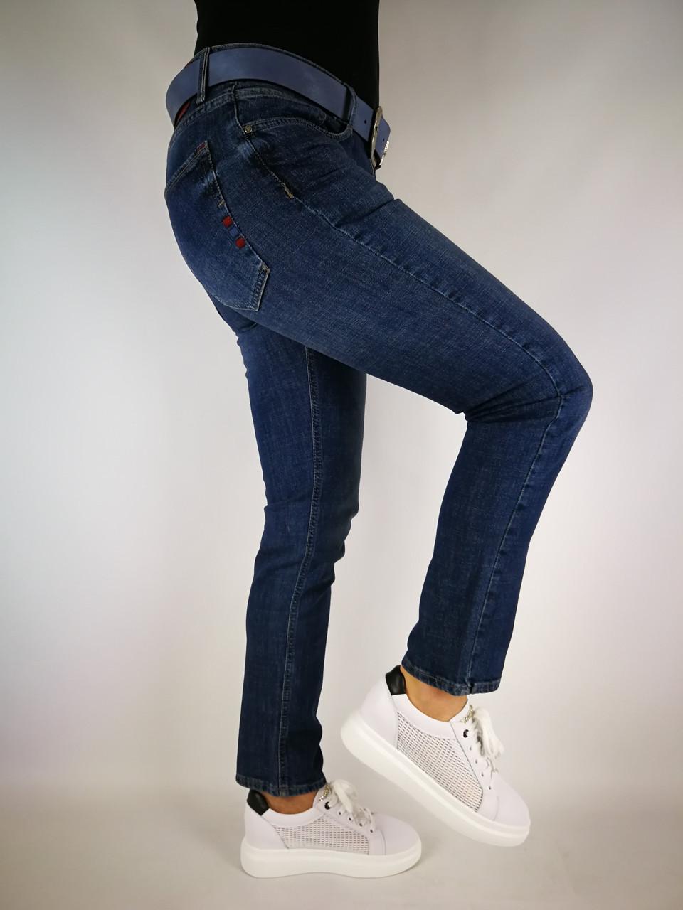Женские джинсы класика
