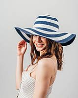 Стильная женская шляпа в полоску