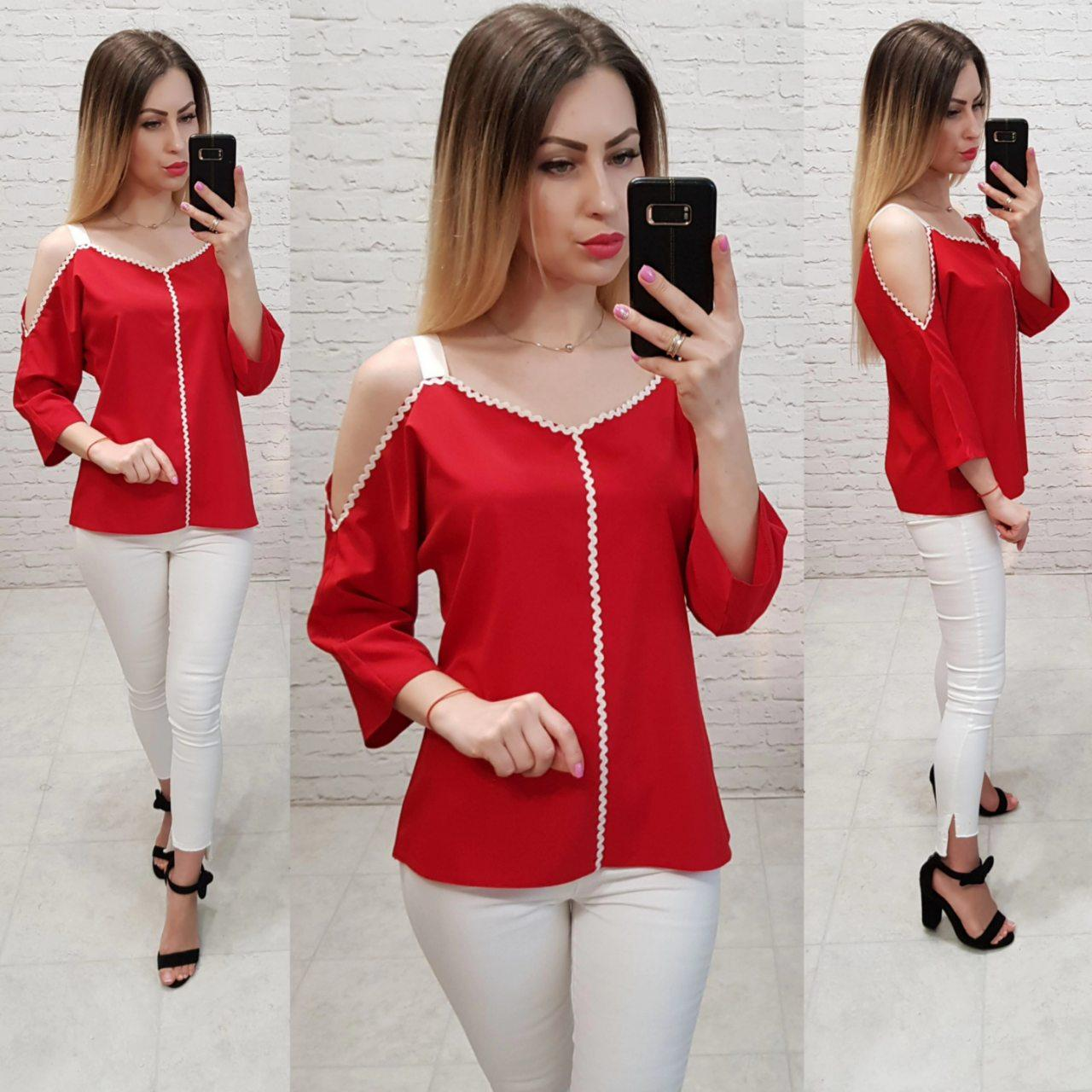 Блузка с тесьмой на горловине и открытыми плечами, арт 159, цвет красный