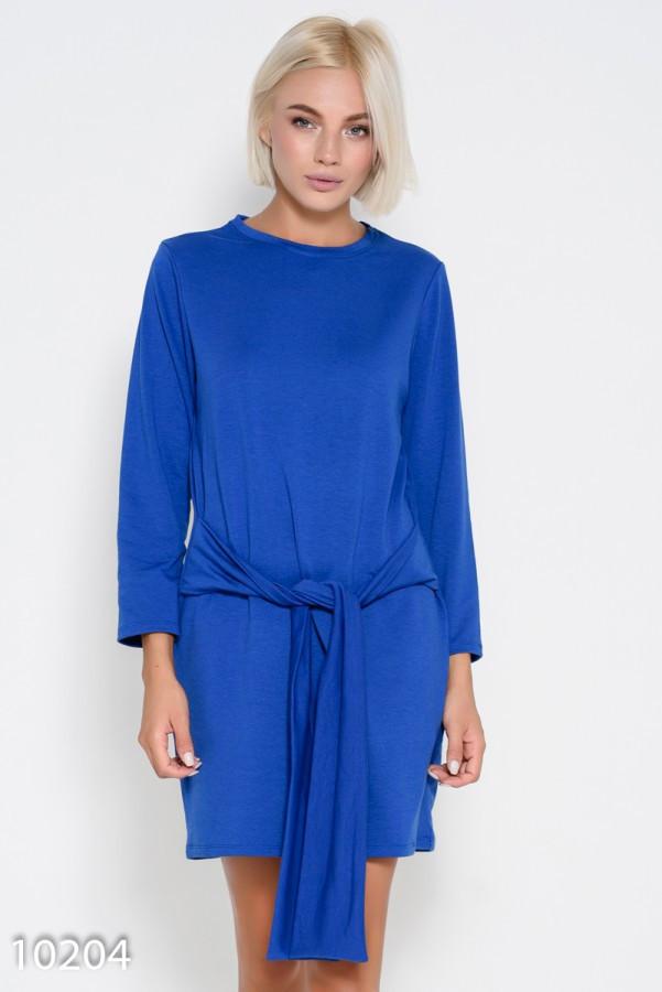 Прямое платье цвета электрик на завязках  с длинными рукавами