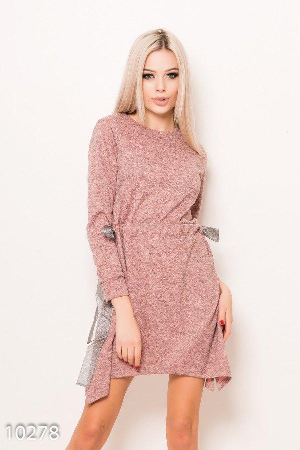Розовое ангоровое меланжевое асимметричное платье с кулиской