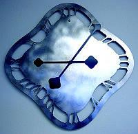 Фигурная резка металла - Металлические декоративные часы