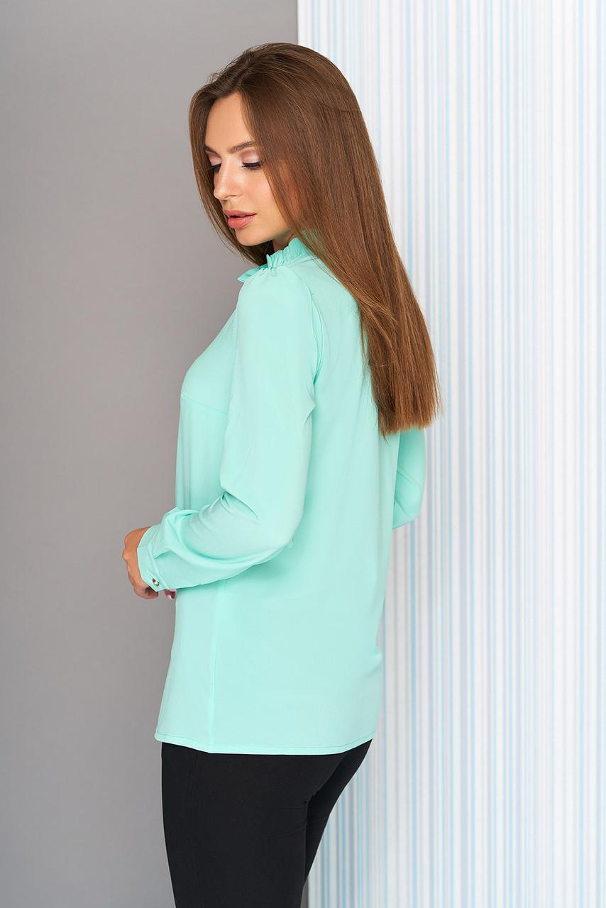 3e08885ac9b28b0 Красивая женская офисная блузка с рюшей по горловине, длинные рукава
