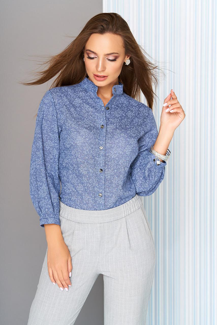 """Модная женская блузка-рубашка в цветочек с воротником-стойкой, рукав 3/4 """"S-05"""" синяя"""