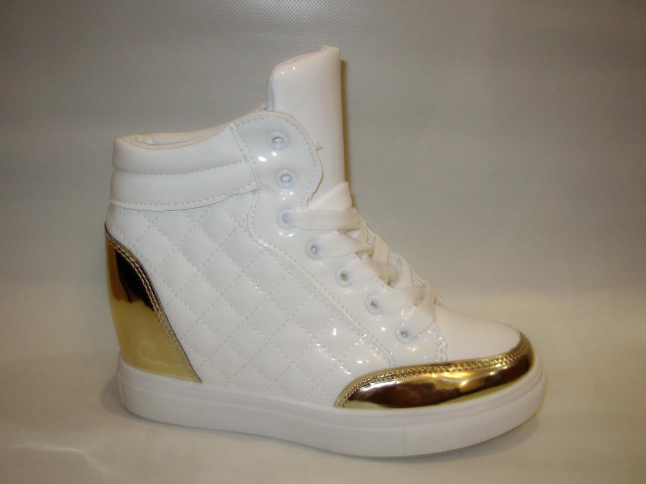 Ботиночки сникерсы белые с золотом Д443