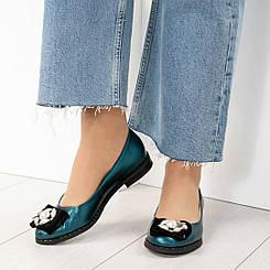 Шикарные туфли, украшенные бархатом и жемчугом. Размер 36