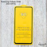 """Защитное стекло Full Glue """"полный клей"""" для Samsung Galaxy S10e (SM-G970) (черный) (клеится всей поверхностью)"""