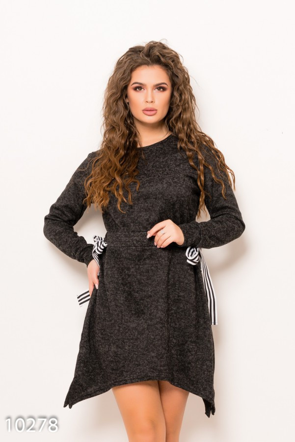 Темно-серое ангоровое меланжевое асимметричное платье с кулиской L