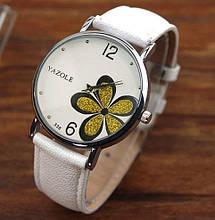Наручний годинник жіночі з білим ремінцем код 181