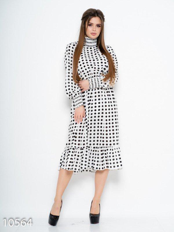 Белое в горошек платье декорированное жаткой S
