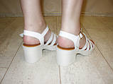 Босоножки белые женские на каблуке Б689, фото 3