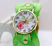 Наручные часы с салатовым ремешком код 243