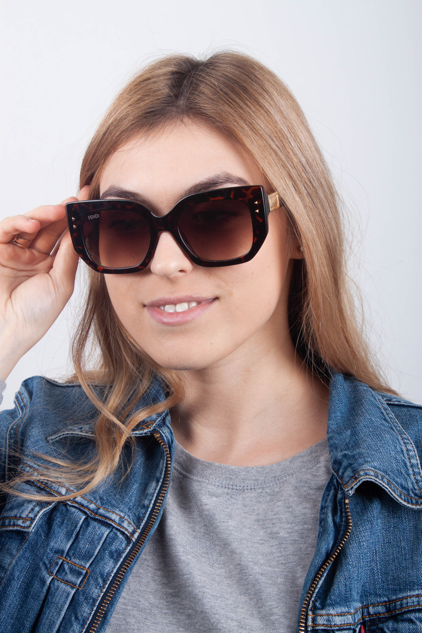 Солнцезащитные очки 0267 коричневые