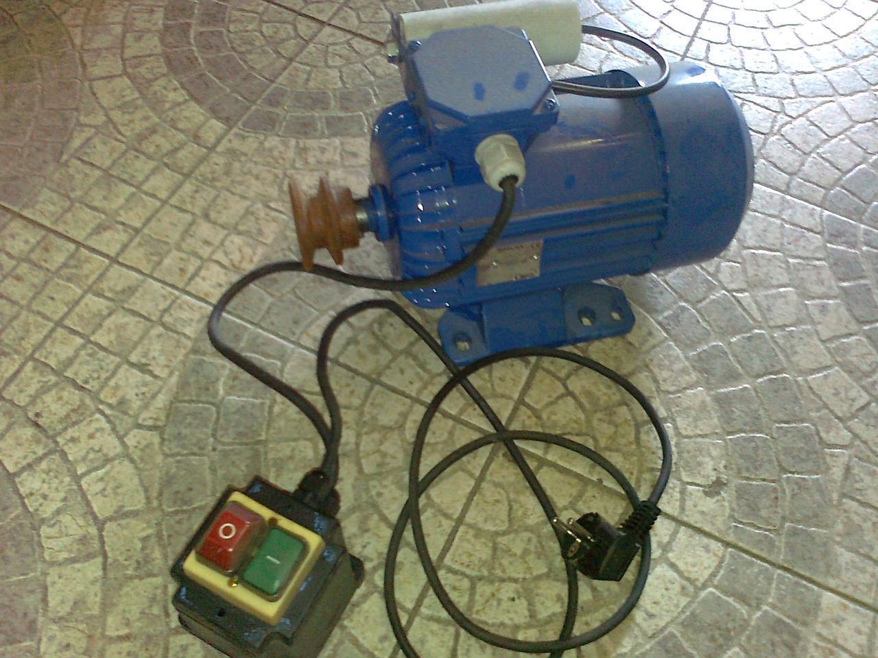 Двигатель на 1.5КВт 220V к бетономешалкам А-Викт