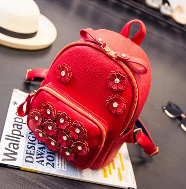 Рюкзак со стразами фото