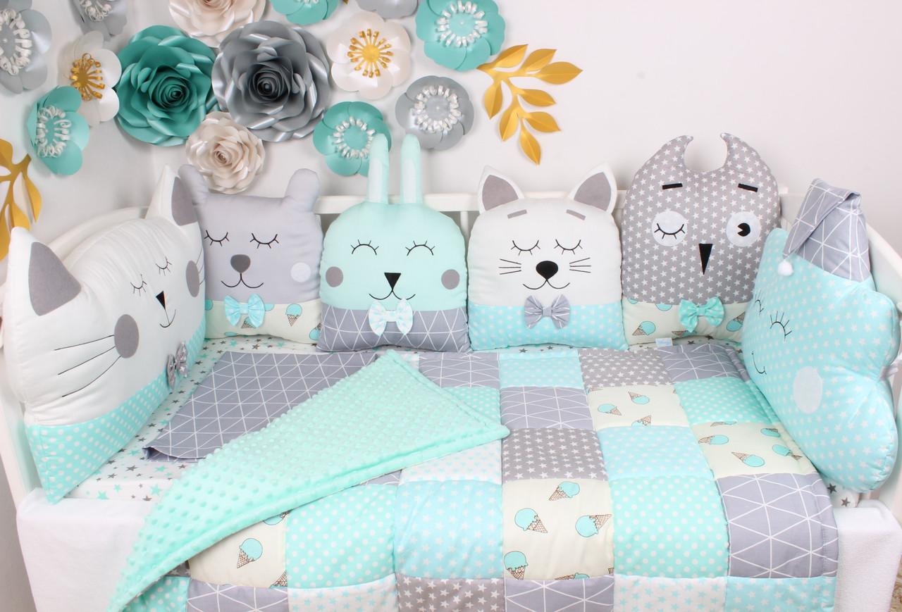 Комплект в кроватку в Нежно мятных цветах
