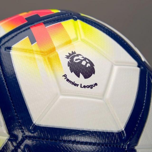 myach-futbolnyiy-000002