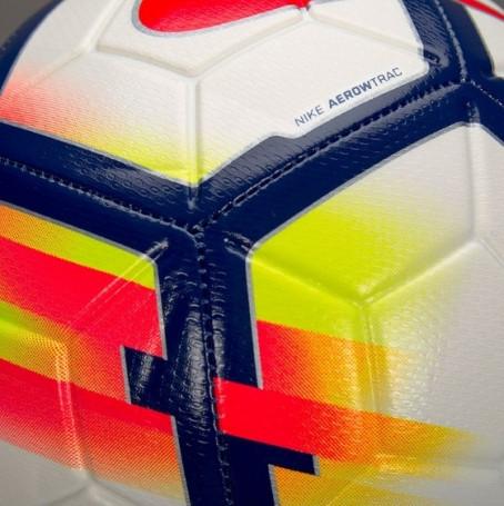 myach-futbolnyiy-0000006