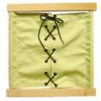 Рамка со шнуровкой на ткани