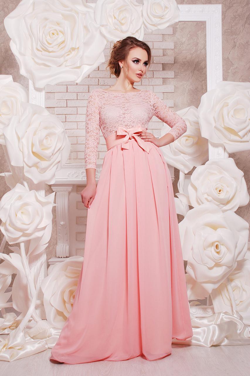 Длинное  платье в пол из шифона и гипюра с рукавом (пудровый)