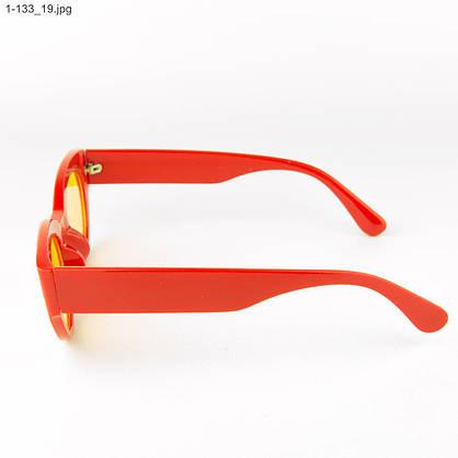 Оптом солнцезащитные очки овальной формы - Красные - 1-133, фото 2