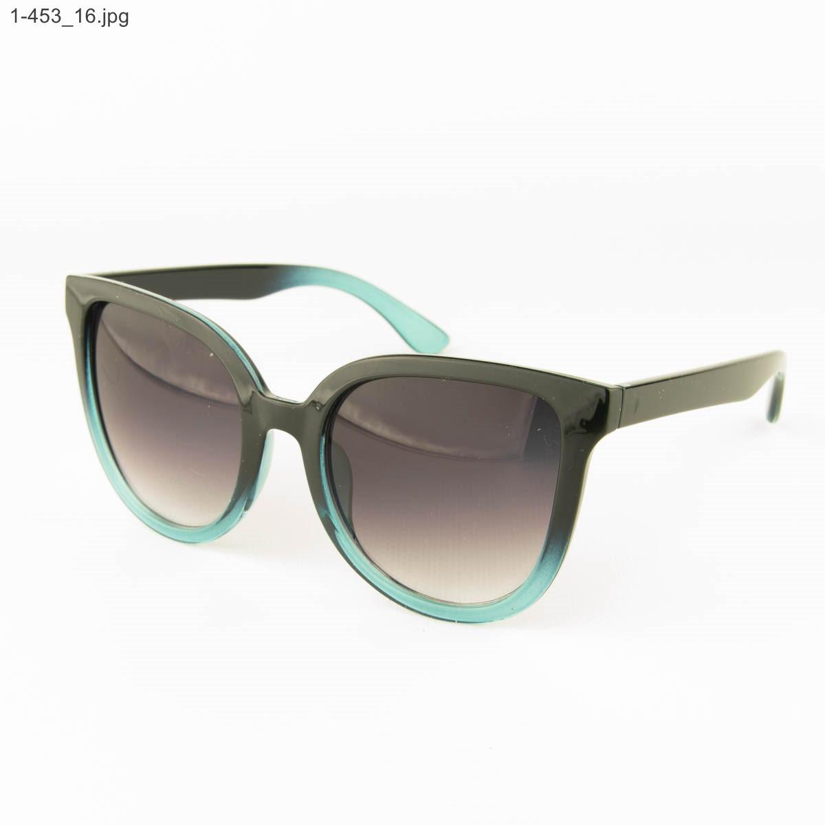 Оптом солнцезащитные женские очки - Черные с голубым - 1-453