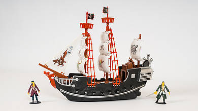 Набор пиратов LIMO TOY. Пиратский корабль и 2 фигурки
