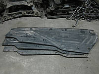 Защита днища кузова правая (Антигравийная) Mercedes W220 S-Class (2206190238), фото 1