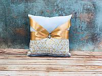 Свадебная подушечка для обручальных колец Bonita золотая (400)