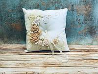 Свадебная подушечка для обручальных колец Bonita золотая (300)