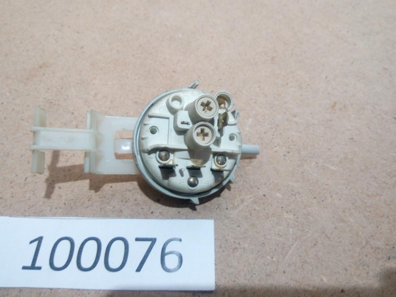 Датчик уровня воды  Indesit W105TX (16601079904) б\у
