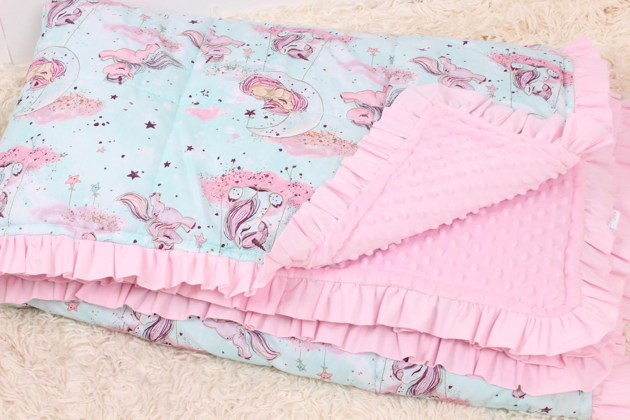 Детское одеяло Единороги на мятном на розовом плюше