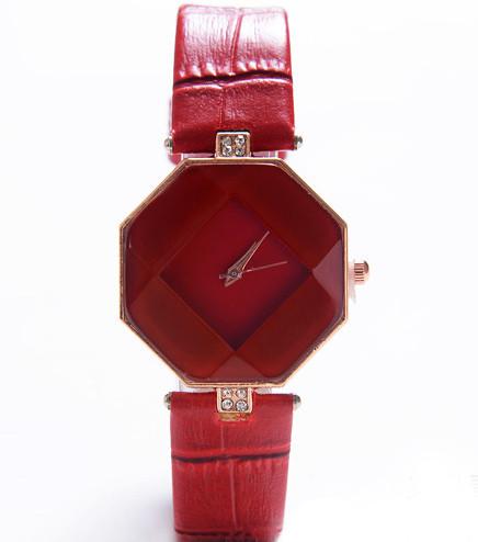 Годинник з геометричним циферблатом червоні 072-1