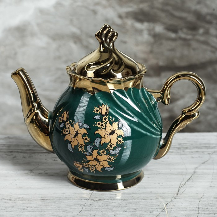 """Чайний сервіз """"Орфей"""" 8 предметів зелений чайник, 0,5 л чайник, 0,5 л цукорниця, 0,2 л чашка"""