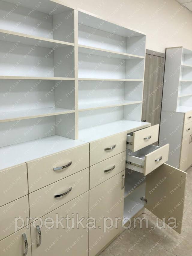 Шкафы для аптек