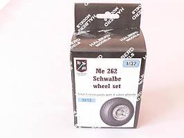 Резиновые колеса с дисками для сборной модели самолета Me 262 SCHWALBE. 1/32 HALBERD MODELS 3213