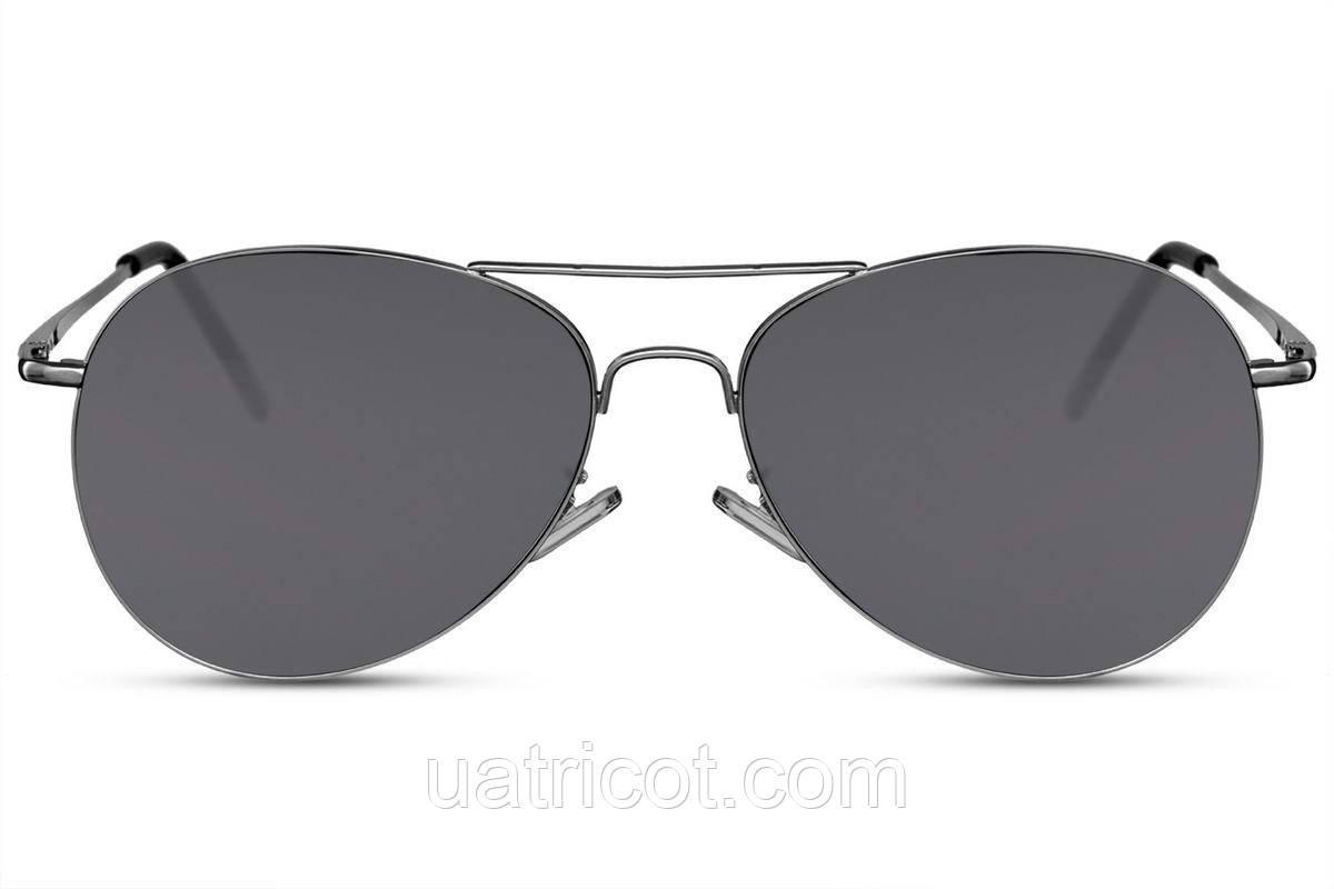 Мужские солнцезащитные очки авиаторы в черной металлической оправе