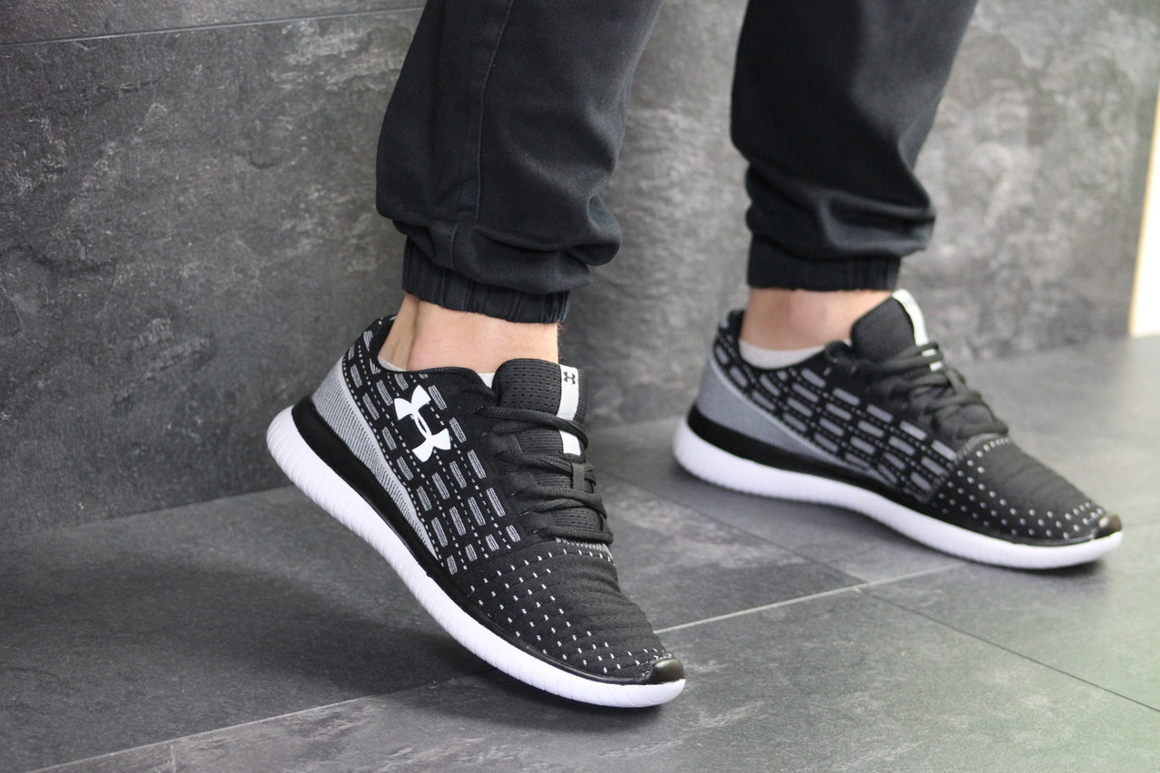 Мужские кроссовки Under Armour (черно-белые)