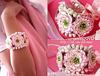 """""""Розовые эустомы"""" браслет на руку с цветами из полимерной глины"""