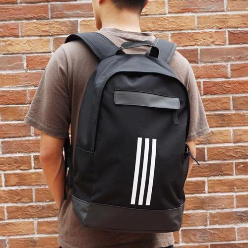 sports-backpack-adidas-0000x3d33