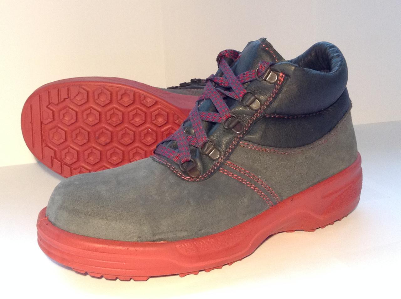 Ботинки Wurth серые без защиты носка на красной подошве