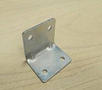 Уголок 27*27*35(1.5) крепежный оцинкованный с ребром жесткости (упаковка 500шт.)