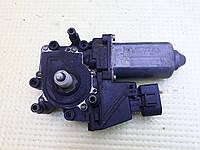 Моторчик стеклоподъемника передний левый водительский audi a6 c5 ауди а6 с5 4B0959801E, фото 1