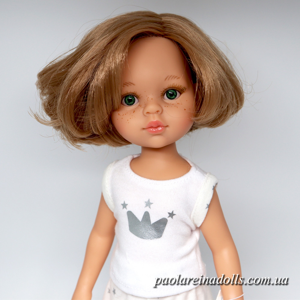 Кукла Паола Рейна Карла с карэ в пижаме