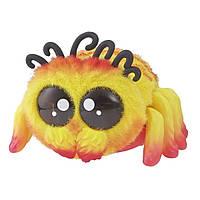 Yellies! Интерактивный паучок Peeks E5381 E5064 Voice-Activated Spider Pet